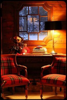 Tartan plaid in the cabin. Old Painted Cottage Tartan Chair, Tartan Decor, Tartan Fabric, Home Interior, Interior Design, Decoration Entree, Painted Cottage, Cabins In The Woods, Log Homes