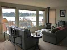 $185 sleeps 8, 3 bedrooms Whidbey  okay and cheap
