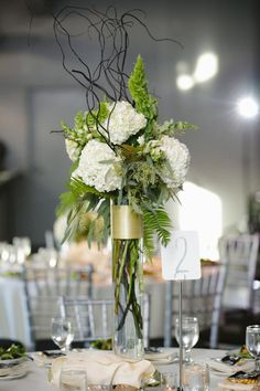 Tall Flower, Tall Fall Wedding Centerpieces, Fern Centerpieces, Minneapolis, Muse Event Center, Muse Event Center wedding, tall centerpiece, loose centerpiece, gold centerpiece, fern, willow, foliage | Luna Vinca