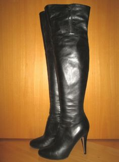 * * * VALENTINO Overknee-Stiefel schwarz, Gr.39 * * * Heeled Boots, Valentino, Heels, Ebay, Fashion, Clothing Accessories, Ladies Shoes, High Heel Boots, Heel