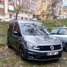 Caddy 4motion, Caddy Van, Volkswagen, Garage, Dios, Carport Garage, Garages, Car Garage, Carriage House