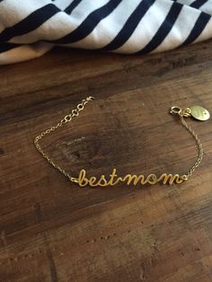 • 'best mom' bracelet • silver gold plated • #mothersday #newcollection #jewellery #catitaillustrations • AVAILABLE TOMOROW  www.catitaillustrations.com