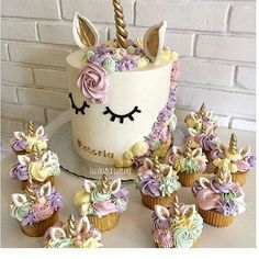 Whimsical unicorn cake/cupcakes for a girls birthday party Pretty Cakes, Cute Cakes, Beautiful Cakes, Amazing Cakes, Yummy Cakes, Unicorn Birthday Parties, Unicorn Party, Girl Birthday, Unicorn Cakes