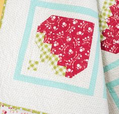 Moda Vintage Picnic by Bonnie & Camille Fabric & Strawberry Picking Pattern Quilt Kit - None