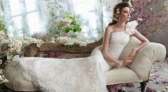 Os vestidos de noiva com renda para 2013 trarão o estilo chic e romântico