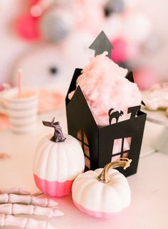 A Kids Pink Haunted Mansion Halloween Party - Inspired By Th Halloween Bebes, Pink Halloween, Cute Halloween Costumes, Halloween Birthday, Halloween Party Decor, Holidays Halloween, Chic Halloween, Halloween Recipe, Pretty Halloween