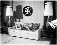 Cool furniture - HUGE lamps!!