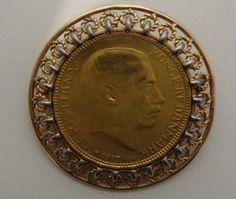 NUMISMÁTICA - Moeda Dinamarquesa. O lado da cabeça de uma moeda de ouro de 20 Kroner Christian X te