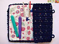 hamoraima: ▼ Estuche para agujas de crochet ▼ Crochet Case, Knit Crochet, Crochet Organizer, Crochet Needles, Crochet Projects, Diy, Crafty, Purses, Knitting