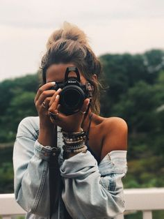 Earn Money Taking Pictures - idée pour shooting photo Earn Money Taking Pictures - Photography Jobs Online Hipster Photography, Photography Jobs, Beauty Photography, Fashion Photography, Tumblr Photography Instagram, Vintage Photography, Pinterest Photography, Modelling Photography, White Photography