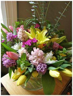Wedding Centerpiece Tulip, Hyacinth, Sweet William, Lily www.mossfinefloral.com Spring Centerpiece