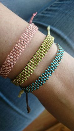 For these bracelets I used Japanese Miyuki seed beads and Toho seed beads (size 11/0) and I made an adjustable tie closure of wax cord, so its easy