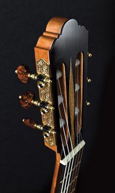 Joshia de JONGE - Fine Classical Guitars