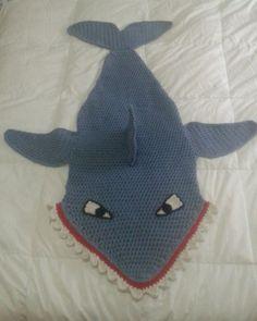 Shark Tail Blanket, Crocheting, Crochet Hats, Crochet, Knitting Hats, Knits, Lace Knitting, Quilts, Chrochet