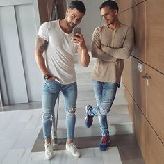 Buy urban style clothing and accessories online Urban Fashion, Mens Fashion, Dope Fashion, Urban Style Outfits, Herren Outfit, Super Skinny Jeans, Men Looks, Mens Clothing Styles, Men Dress
