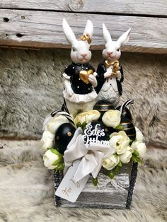 Easter Decor, Easter Crafts, Flower Boxes, Flowers, Happy Quotes, Arts And Crafts, Lily, Halloween, Spring