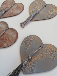 Easy Diy Gifts, Simple Gifts, Heart Decorations, Valentine Decorations, Pencil Art Love, Flower Arrangement Designs, Decoupage Art, Crafts Beautiful, Craft Club