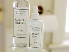 "The Laundress Essigreiniger ""Scented Vinegar"" - Bedandroom Clean House, Vinegar, Soap, Cleaning, Bottle, Calcium Deposits, Dusters, Small Bowl, Washing Machine"