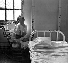 """Medical Viewpoint - Inmates of institutions had no rights, no dignity, and no privacy. To see where """"we"""" came from, it's not hard to see why things are as bad as they are in today's time. Haunted Asylums, Abandoned Asylums, Insane Asylum Patients, Mental Asylum, Psychiatric Hospital, Mental Health Care, Medical History, Mental Illness, Solar"""