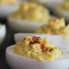 Deviled Egg Potato Salad Loaded Baked Potato Salad, Best Potato Salad Recipe, Easy Potato Salad, Deviled Egg Potato Salad, Deviled Eggs Recipe, Southern Potato Salad, Barbecue Side Dishes, Best Macaroni And Cheese, Air Fried Food