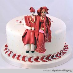 would love similar toppers on an ankara print cake African Traditional Wedding Dress, Traditional Wedding Cakes, Traditional Cakes, White Wedding Cakes, Elegant Wedding Cakes, Glamorous Wedding, African Wedding Cakes, Wedding Videos, Wedding Blog