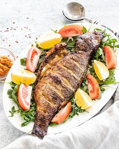 Recipe For Sea Bass Fish, Whole Sea Bass Recipes, Whole Tilapia Recipes, Best Fish Recipes, Catfish Recipes, Seafood Recipes, Healthy Recipes, Seafood Meals, Seafood Dishes