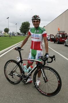 "Bianchi - More than 125 years of history, international leadership - A ""tricolore"" Oltre for Androni's Pellizotti"
