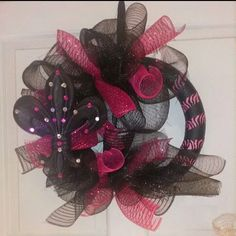 Black and pink zebra half fleur de lis wreath. Can also be done in any color