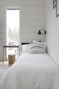 There is no reason at all that a small bedroom, even a really tiny bedroom can't be every bit as gorgeous, relaxing, and just plain full of personality as a much larger space. Seek out storage ideas for small bedrooms… Continue Reading → Farmhouse Bedroom Furniture, Farmhouse Style Bedrooms, Home Decor Bedroom, Farmhouse Decor, Small Apartment Bedrooms, Decoration Inspiration, Home Decoration, Minimalist Bedroom, Bedroom Sets