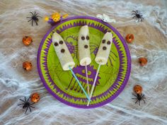 Hijacked By Twins: Healthier Halloween Treats http://www.hijackedbytwins.com/2014/10/healthier-halloween-treats-Sykes-cottages.html #Halloween