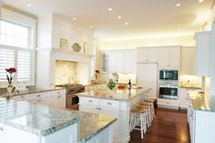Should Countertops & Backsplashes be Made from the Same Material?