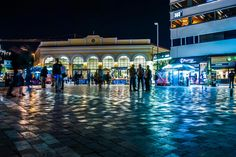 Πλατεία Μοναστηρακίου (Monastiraki Square) στην περιοχή Αθήνα, Αττική
