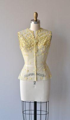 1950s jonquil lace appliquéd blouse