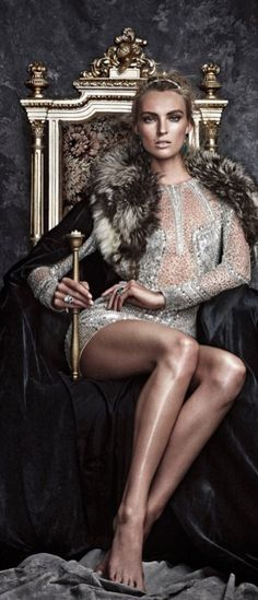 Nina Shoe's girls always wear an invisible crown News Fashion, Style Fashion, New Mode, Image Fashion, Vogue, Glamour, Swagg, Editorial Fashion, Fashion Photography
