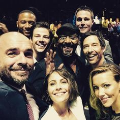 Nice bunch to go to work with @CW_network MzKatieCassidy Willaaaah amellywood grantgust david_ramsey CavanaghTom #Arrow #TheFlash - Paul