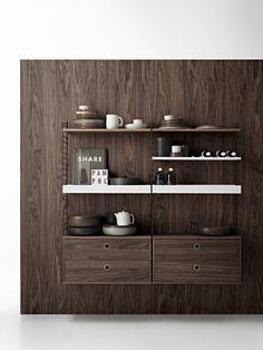 Walnut dreams🤎 Scandinavian Shelves, Scandinavian Furniture, Scandinavian Design, Built In Shelves, Metal Shelves, Montana Furniture, String System, Modular Shelving