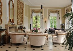 Landfort House: A Historic Manor on Lush Gardens in The Netherlands: Sitting Room