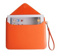 Handpicked by Shopify: 36 Summer Travel Essentials – Leather iPad Sleeve