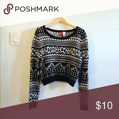 H&M Tribal Print Cropped Sweater Perfect condition sweater from H&M. Cool tribal print. I discount bundles 25%! H&M Sweaters Crew & Scoop Necks
