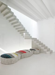 HOUSE IN ONTINYENT, Ontinyent, 2012 #stairs #steps #design #interiors