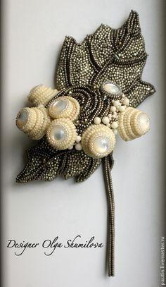 """Купить Брошь """"Калина цветёт"""" - серебряный, перламутр, перламутр натуральный, брошь, брошь из бисера"""