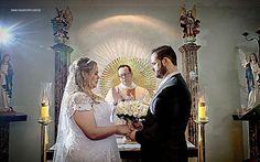 Thaís e Thiago  http://ift.tt/1O9LVe0  #weddingphotography #weddingphotographer #casamento #bride #canon #clauamorim #claudiaamorim  #photooftheday #vestidodenoiva #fotodecasamento #fotografodecasamento #love #vestidadebranco  #noivinhasdegoiania #casar #voucasar #noivas #noivasdobrasil #noivas2016 #inspirationphotographers #fineartassociation #fineartphotographers #noivas2017 #brideassociation