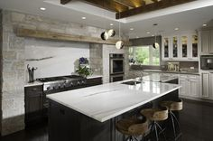 Really refined rustic. Susan Fredman Design Group.