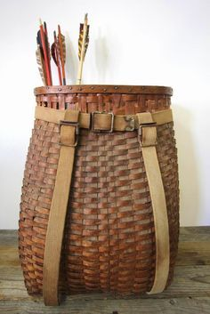 Object Lessons: The Enduring Adirondack Day Pack Basket - Remodelista - Vintage Adirondack pack basket from Diamond and Rust Shop Willow Weaving, Basket Weaving, Bamboo Weaving, Wabi Sabi, Large Baskets, Woven Baskets, Crochet Baskets, Nantucket Baskets, Vintage Baskets
