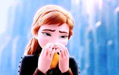 Mainly animation and Disney. My most-giffed movie ever: Frozen. Disney Pixar, Disney Frozen Elsa, Anna Frozen, Disney And Dreamworks, Disney Love, Walt Disney, Frozen Fan Art, Disney Queens, Frozen Wallpaper