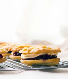 Try these deliciously short and crumbly viennese whirls, sandwiched together…
