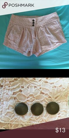 Lace mid/ higher waist shorts Light peach lace shorts! Great detail and easy to compliment anything! Just ginger Shorts