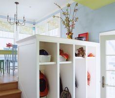 SO similar to a sunken mudroom off the breakfast room/kitchen I did for a new house in Clarendon Hills.  Great!
