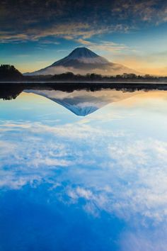 Mt. Fuji, reflected. Japan // 逆さ富士.