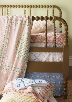CHENILLE LOVE There's nothing like vintage chenille to dress up a country bedroom.